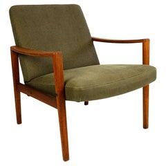 Scandinavian Khaki Green Teak Lounge Chair