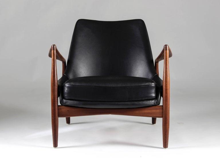 Mid-Century Modern Scandinavian Midcentury Lounge Chair
