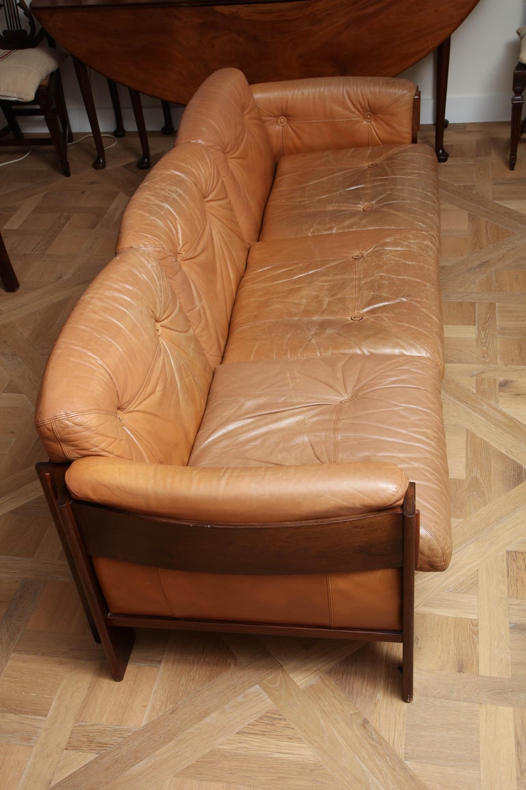 Scandinavian Mid Century Modern Leather and Rosewood Sofa In Good Condition For Sale In New York, NY