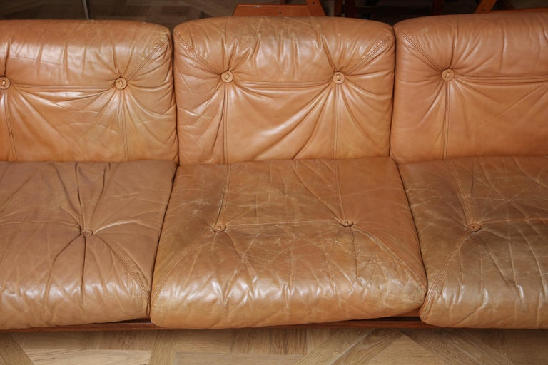 Scandinavian Mid Century Modern Leather and Rosewood Sofa For Sale 1
