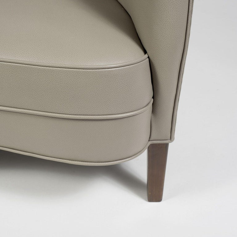 Trained as a cabinet maker and also educated in Fine Arts, Nanna Ditzel presented her talent in a variety of realms including furniture, textiles and jewelry. Among her most beloved works, the Alle´ Sofa boasts a sculptural quality in the curved