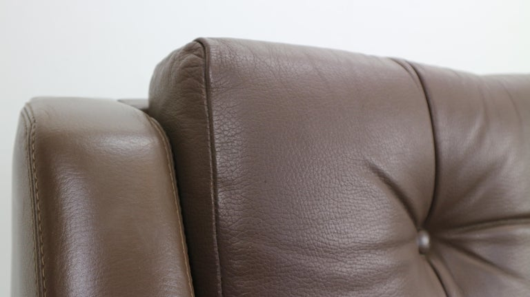 Scandinavian Midcentury Three-Seat Leather Sofa and Rosewood, 1970s For Sale 12
