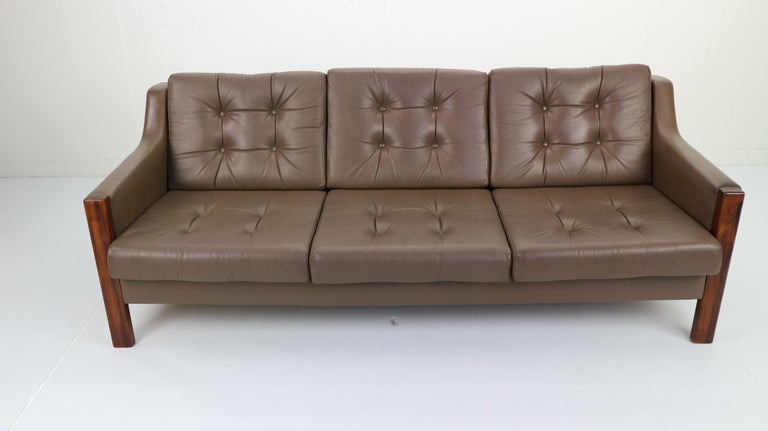 Scandinavian Midcentury Three-Seat Leather Sofa and Rosewood, 1970s In Good Condition For Sale In The Hague, NL