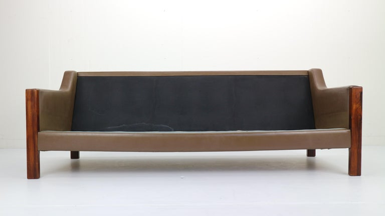 Scandinavian Midcentury Three-Seat Leather Sofa and Rosewood, 1970s For Sale 4