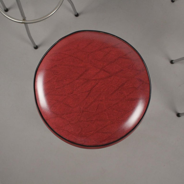 Scandinavian Midcentury Bar Stools, Set of 5 In Good Condition For Sale In Madrid, ES