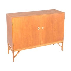 Scandinavian Midcentury Cabinet in Oak by Børge Mogensen, Danish Design 1960s