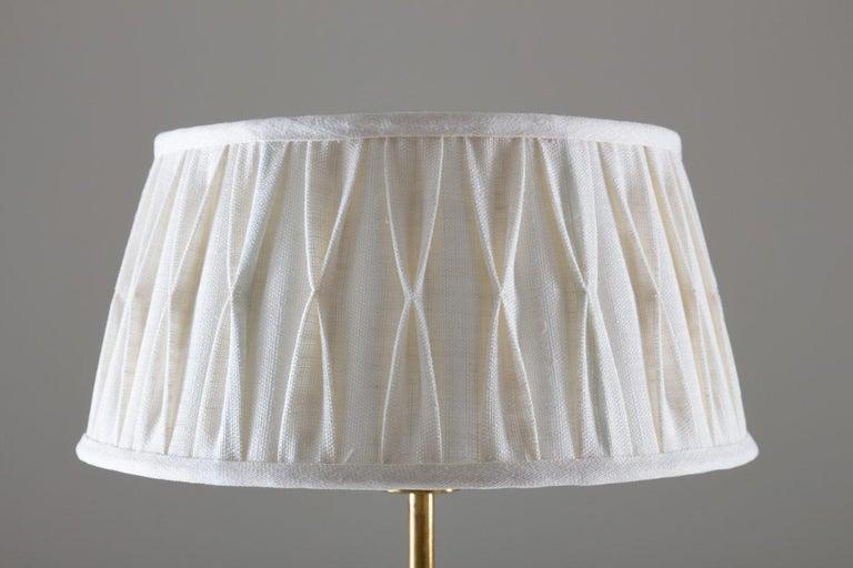 Scandinavian Midcentury Floor Lamp in Brass and Wood In Good Condition For Sale In Karlstad, SE