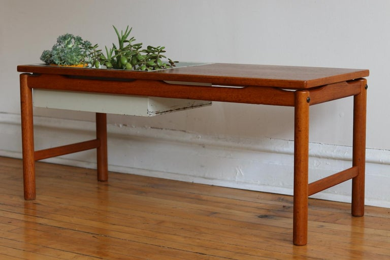 Scandinavian Midcentury HMB Planter and Coffee Table For Sale 6