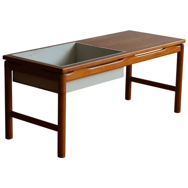 Scandinavian Midcentury HMB Planter and Coffee Table For Sale