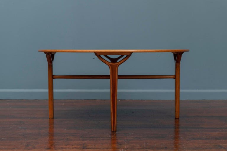 Scandinavian Modern Ax Coffee Table by Peter Hvidt & Orla Moregaard In Good Condition In San Francisco, CA