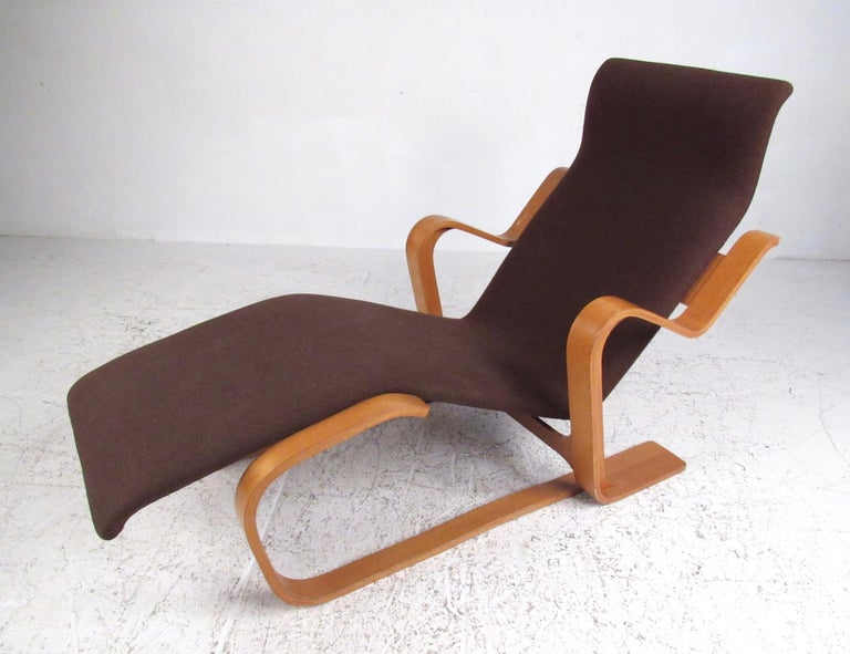 Scandinavian Modern Bentwood Teak Lounge Chair For Sale At
