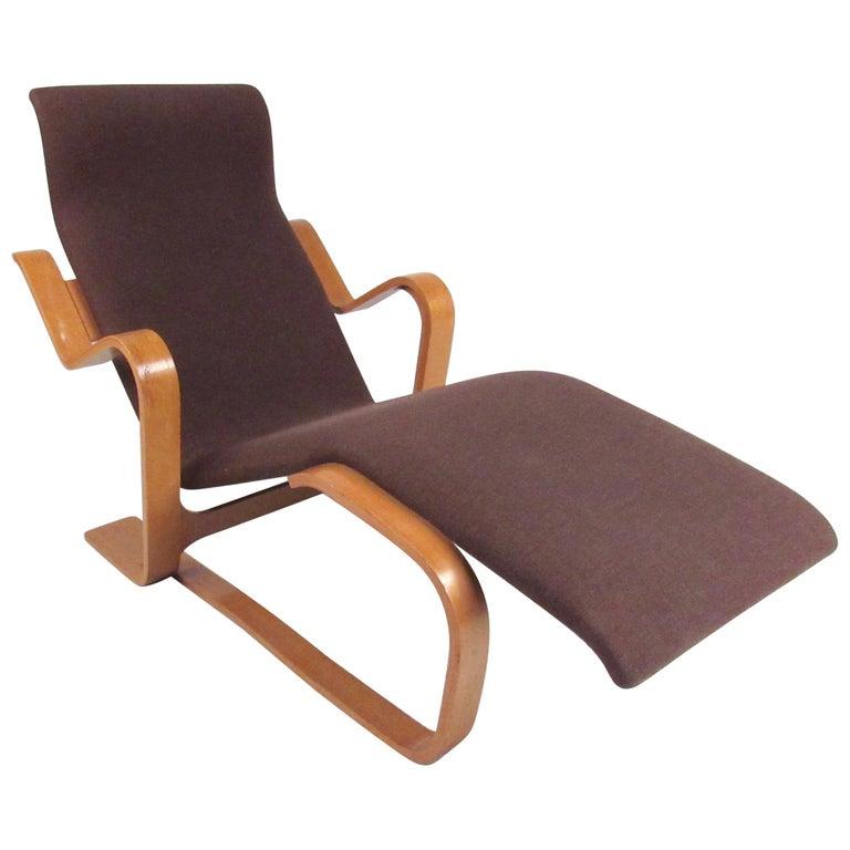 Scandinavian Modern Bentwood Teak Lounge Chair For Sale At