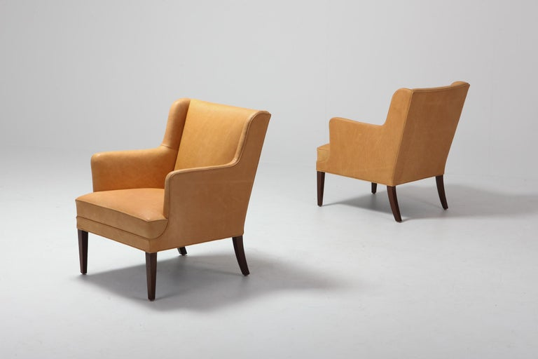Scandinavian Modern Bergere Chairs in Camel Leather For Sale 1