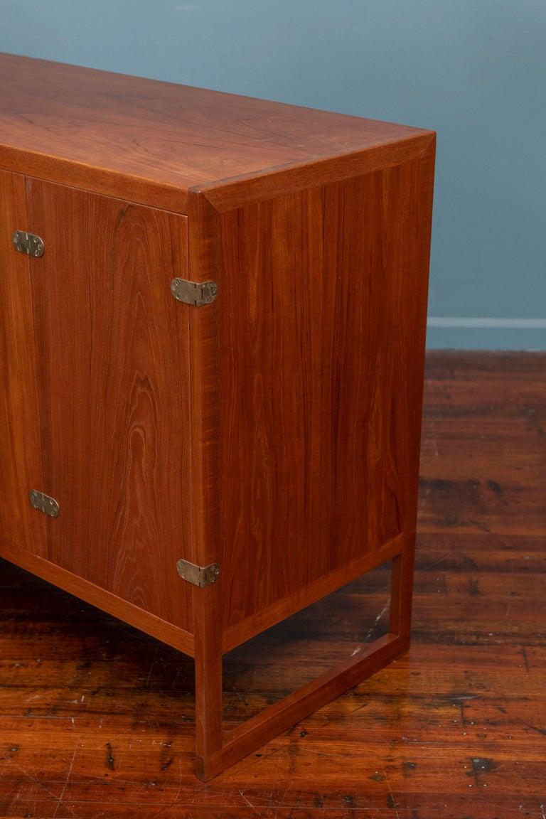 Scandinavian Modern Cabinet by Borge Mogensen For Sale 4