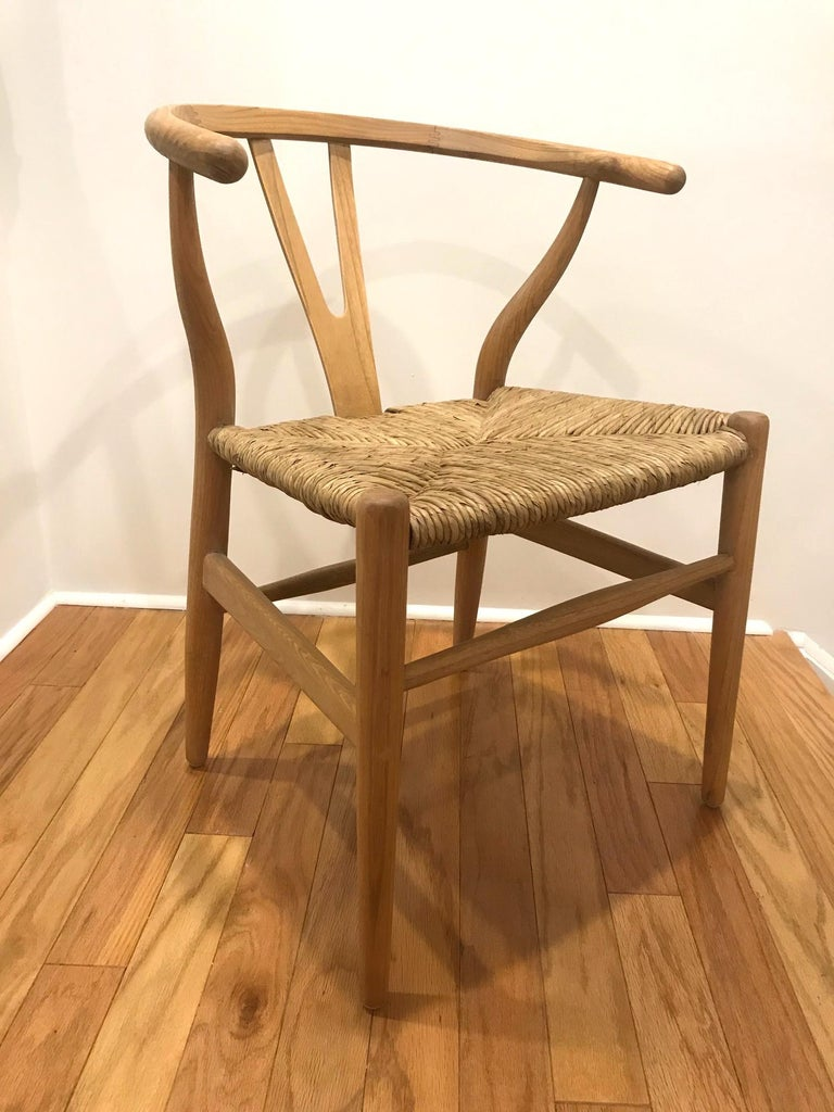 Scandinavian Modern Chair in Natural Teak Wood with Handwoven Seat For Sale 2