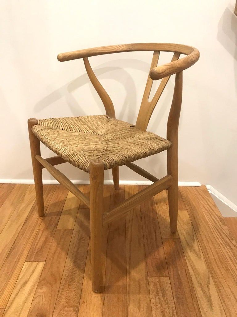 Mid-Century Modern Scandinavian Modern Chair in Natural Teak Wood with Handwoven Seat For Sale