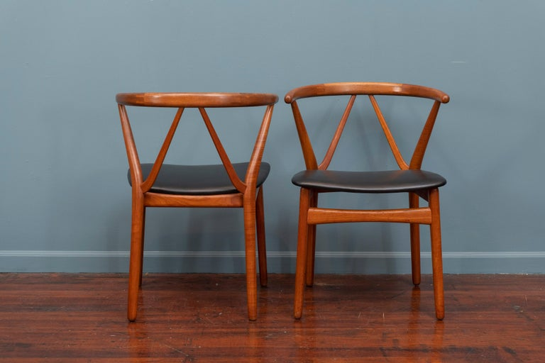Scandinavian Modern Chairs by Henning Kjaernulf for Bruno Hansen For Sale 2