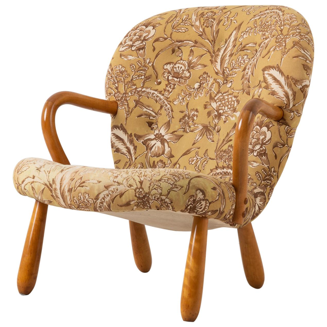 Scandinavian Modern Clam Chair Attributed to Philip Arctander
