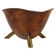 Skandinavische Moderne Stativschüssel aus Kupfer und Messing, 1950er Jahre