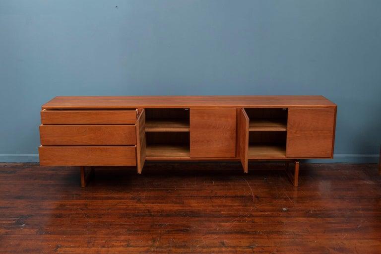 Mid-20th Century Scandinavian Modern Credenza MK511 by Arne Hovmand Olsen for Mogens Kold For Sale
