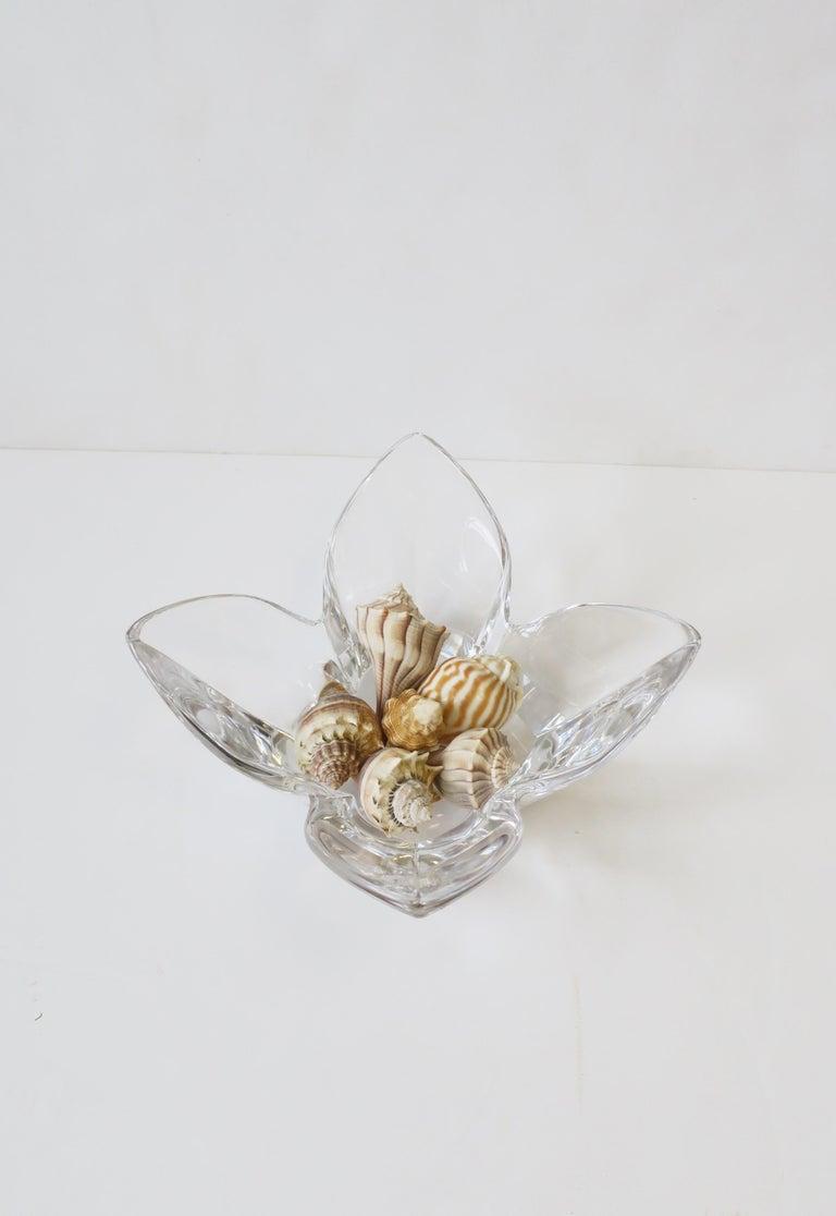 Scandinavian Modern Crystal Lotus Bowl by Designer Lars Hellsten For Sale 1