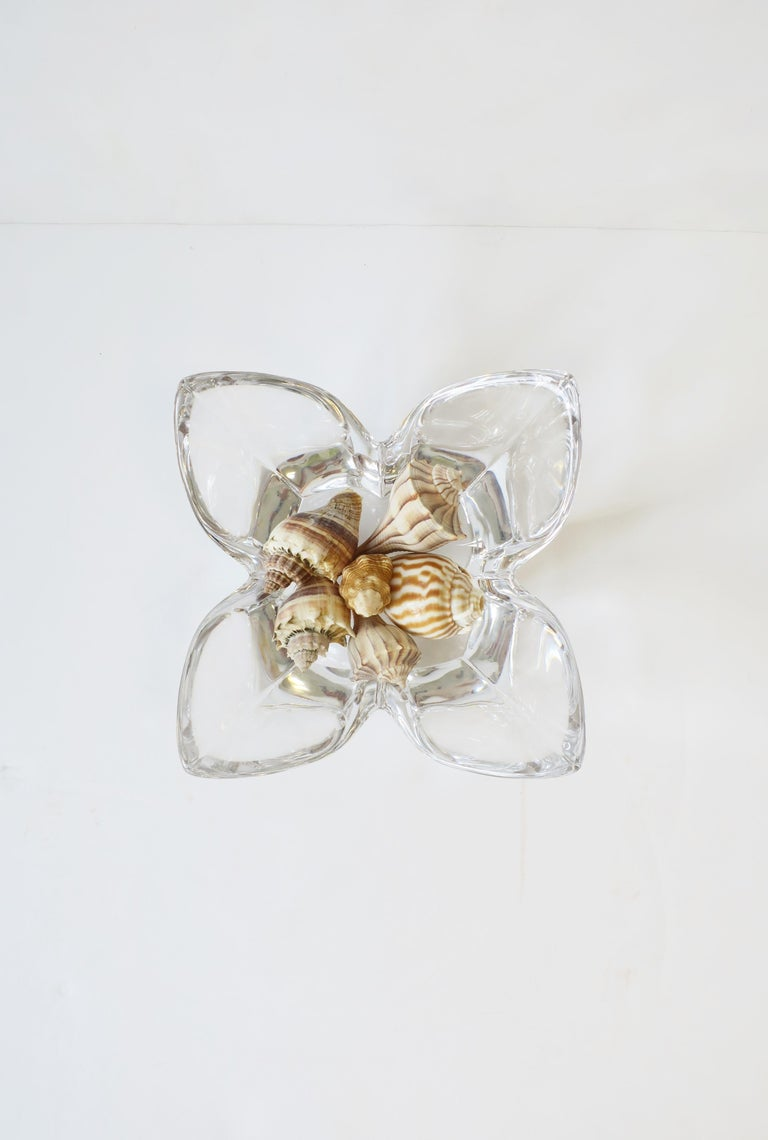 Scandinavian Modern Crystal Lotus Bowl by Designer Lars Hellsten For Sale 3