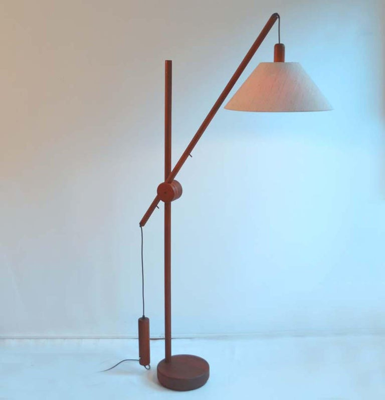 Scandinavian Modern Danish Teak Counter Balance Floor Lamp with Original Shade For Sale 7