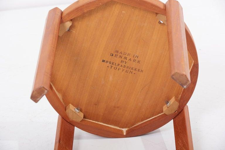 Scandinavian Modern Danish Teak Side Table by Mobelfabrikken Toften For Sale 8