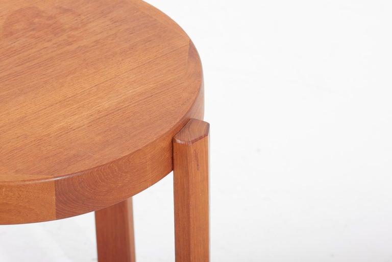 Scandinavian Modern Danish Teak Side Table by Mobelfabrikken Toften For Sale 1
