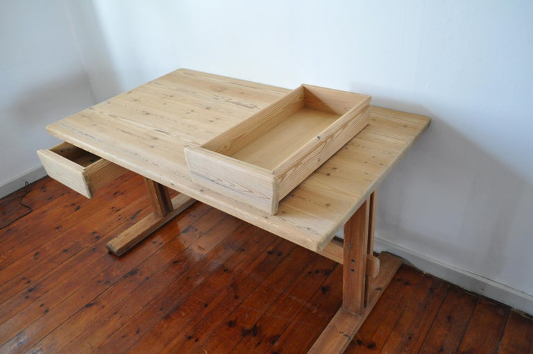 Scandinavian Modern Desk in Solid Pine, 1970s For Sale 5