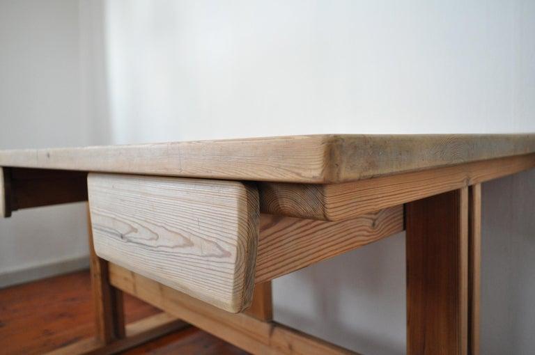 Scandinavian Modern Desk in Solid Pine, 1970s For Sale 2