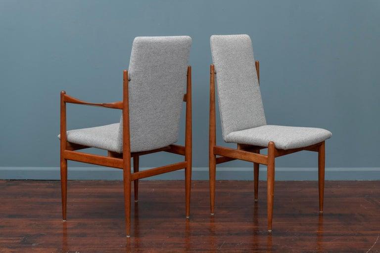 Scandinavian Modern Dining Chairs For Sale 3