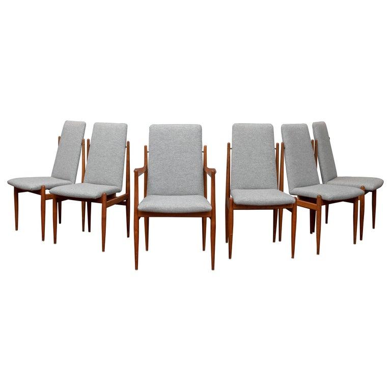 Scandinavian Modern Dining Chairs For Sale