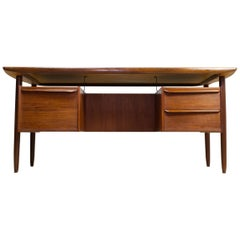 Scandinavian Modern Freestanding Teak Desk, Manner of Peter Løvig Nielsen, 1960s