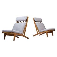 Scandinavian Modern GE-375 Pair of Lounge Chairs, Hans Wegner for GETAMA Denmark
