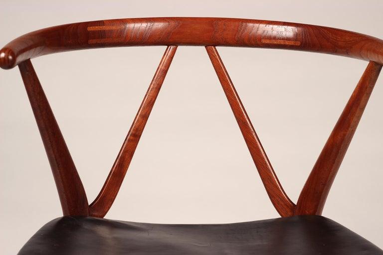 Scandinavian Modern Henning Kjærnulf Teak and leather Dinning Chair Model 255 For Sale 2