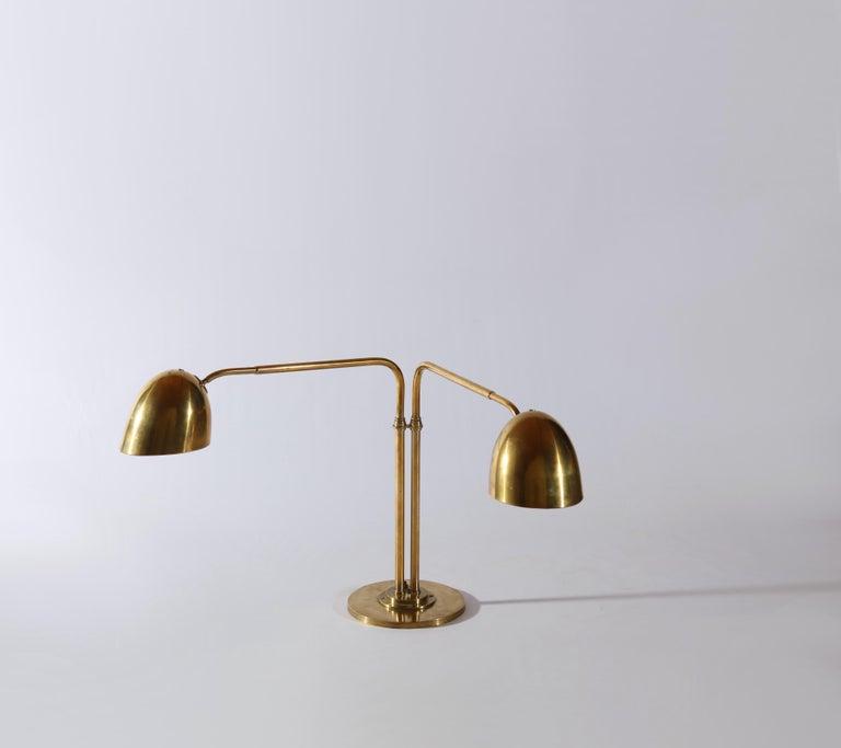 Scandinavian Modern Huge Desk Lamp in Brass by Vilhelm Lauritzen in the 1940s In Good Condition For Sale In Odense, DK