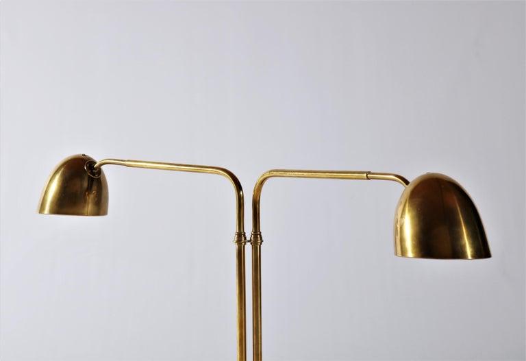 Scandinavian Modern Huge Desk Lamp in Brass by Vilhelm Lauritzen in the 1940s For Sale 1