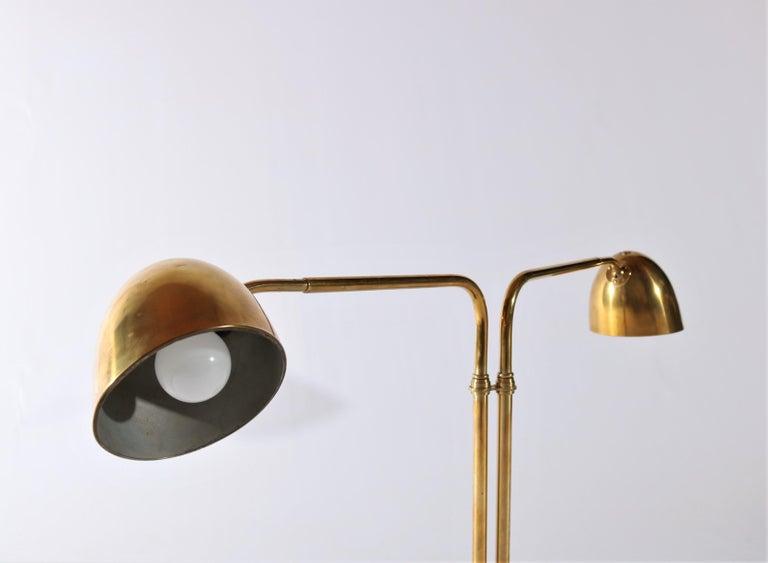 Scandinavian Modern Huge Desk Lamp in Brass by Vilhelm Lauritzen in the 1940s For Sale 4