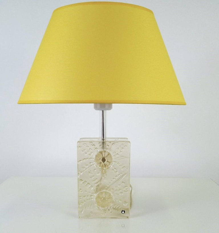 Scandinavian Modern Ice Glass Table Lamp by Uno Westerberg Pukeberg Sweden 1970s For Sale 3
