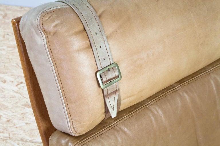 Scandinavian Modern Komfort Lounge Chair in Leather and Oak, 1960s For Sale 2