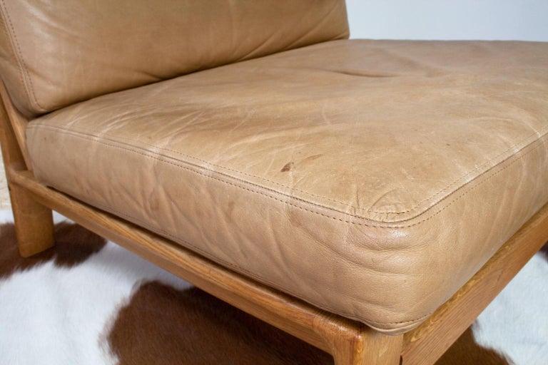 Scandinavian Modern Komfort Lounge Chair in Leather and Oak, 1960s For Sale 3
