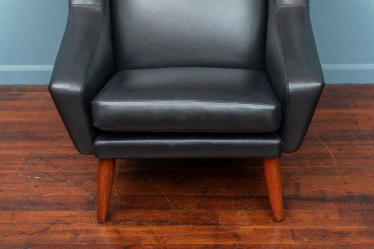 Danish Scandinavian Modern Leather Lounge Chair For Sale
