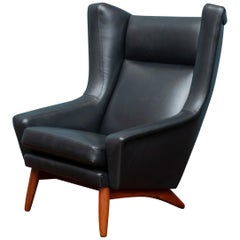 Scandinavian Modern Leather Lounge Chair