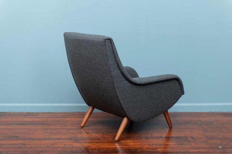 Scandinavian Modern Lounge Chair For Sale 2