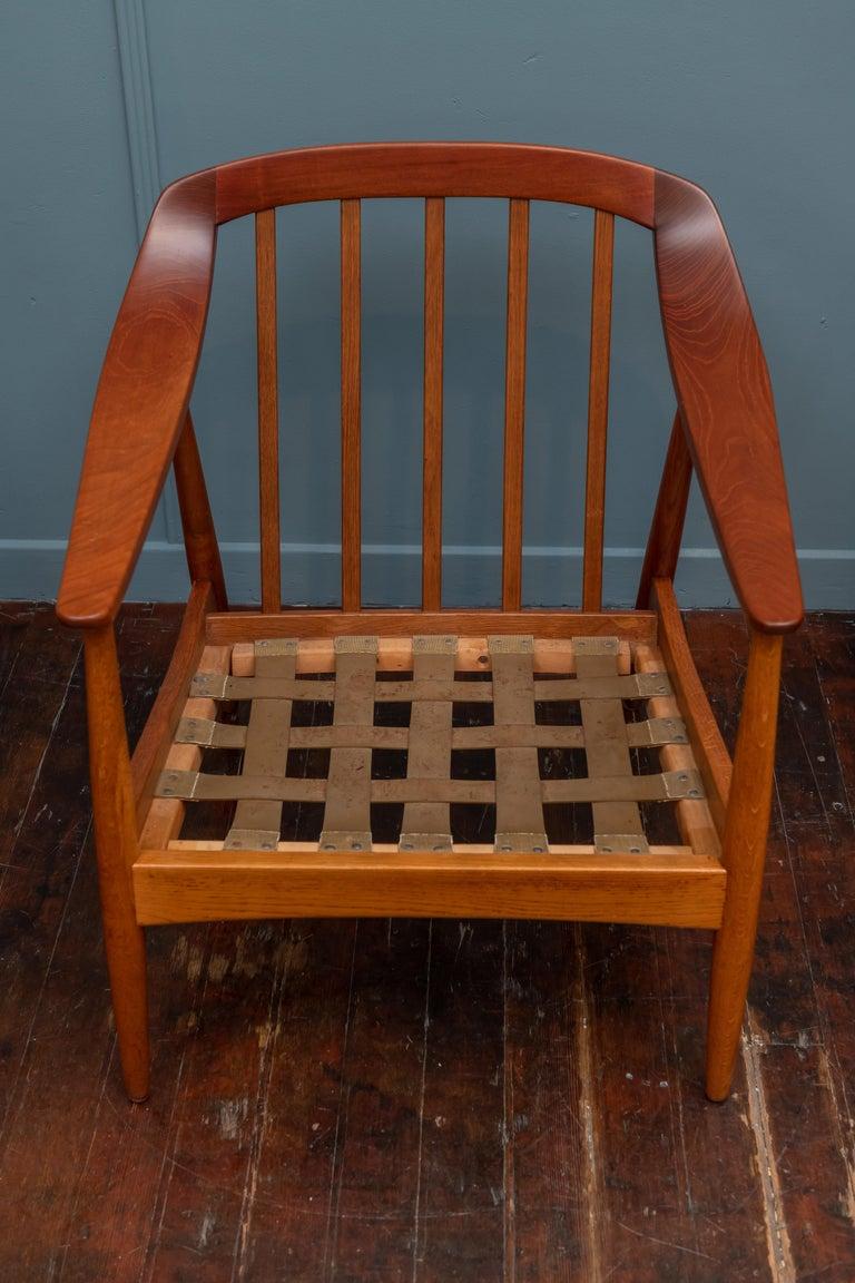 Scandinavian Modern Lounge Chairs For Sale 4