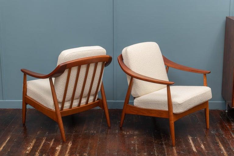 Scandinavian Modern Lounge Chairs For Sale 1