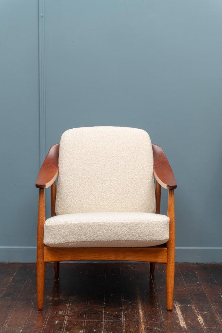Scandinavian Modern Lounge Chairs For Sale 3