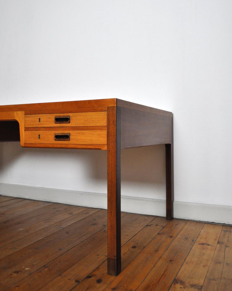 20th Century Scandinavian Modern Mahogany Desk by Ejnar Larsen and Aksel Bender Madsen For Sale