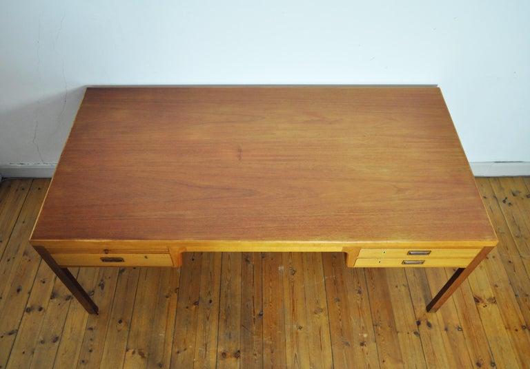 Scandinavian Modern Mahogany Desk by Ejnar Larsen and Aksel Bender Madsen For Sale 4